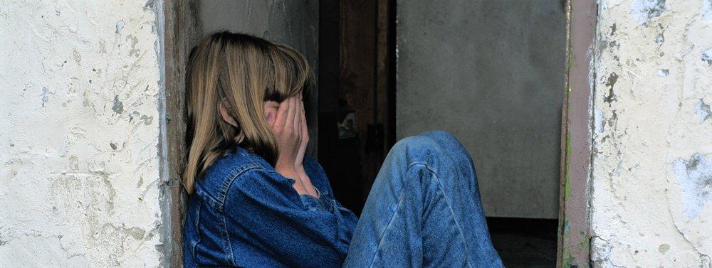 girl-jeans-kid-236215.jpg