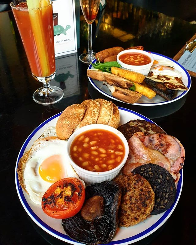Serving up brunch till 3pm!  Full Irish Fry up or a Veggie Fry up. Perfect with one of our brunch cocktails which are 2 for £12!  #TheCornerBoyNQ
