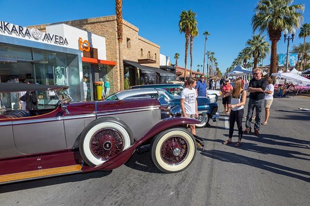 On Saturday, February 2, the El Paseo will be closed from Larkspur to San Pablo to all cars...except these ones! Come see the impressive classic cars from El Paseo Cruise Night at Swing 'N Hops from 1-5 pm! 🚗 #swingnhops #classiccars