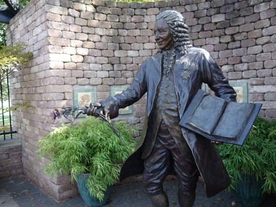 """The Linnaeus Teaching Garden is named after Carl Linnaeus (1707-1778), the """"Father of Botany"""", most honored for his revolutionary naming system of genus and species."""