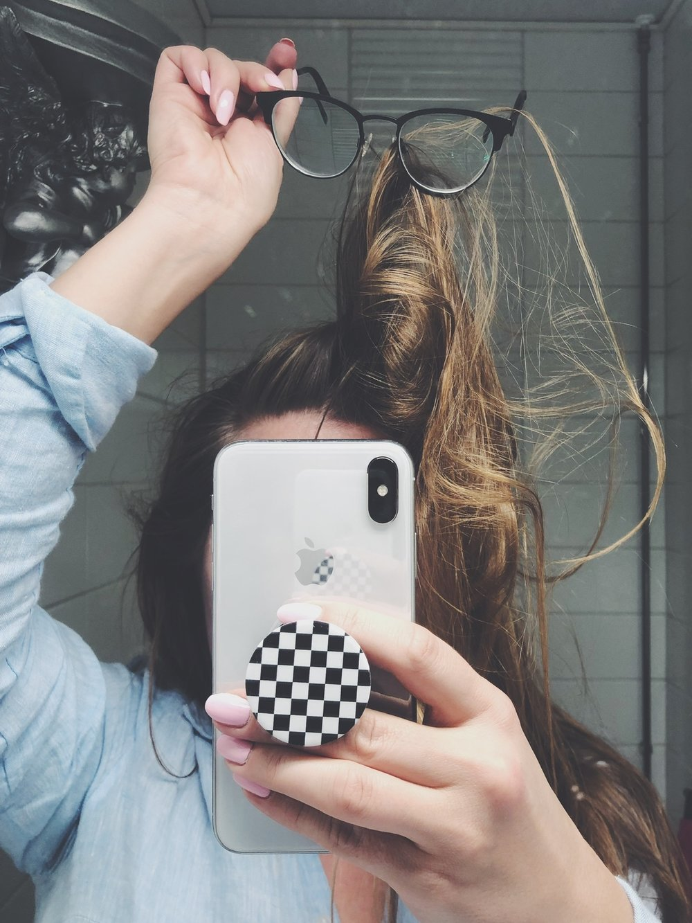 silmalasit hiukset