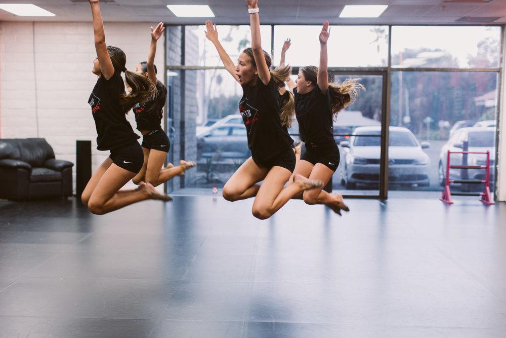 Kristis_Forever_Dance_Students_2018_21.jpg