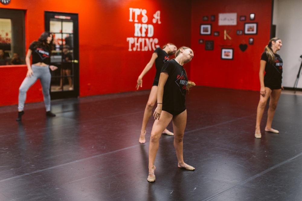 Kristis_Forever_Dance_Students_2018_22.jpg