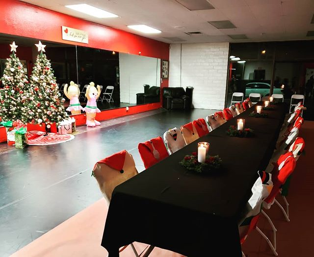 KFD is ready to celebrate Christmas with our competition families.  Dinner, gift exchanges and making memories is what tonight is all about! #KFDChristmas2018