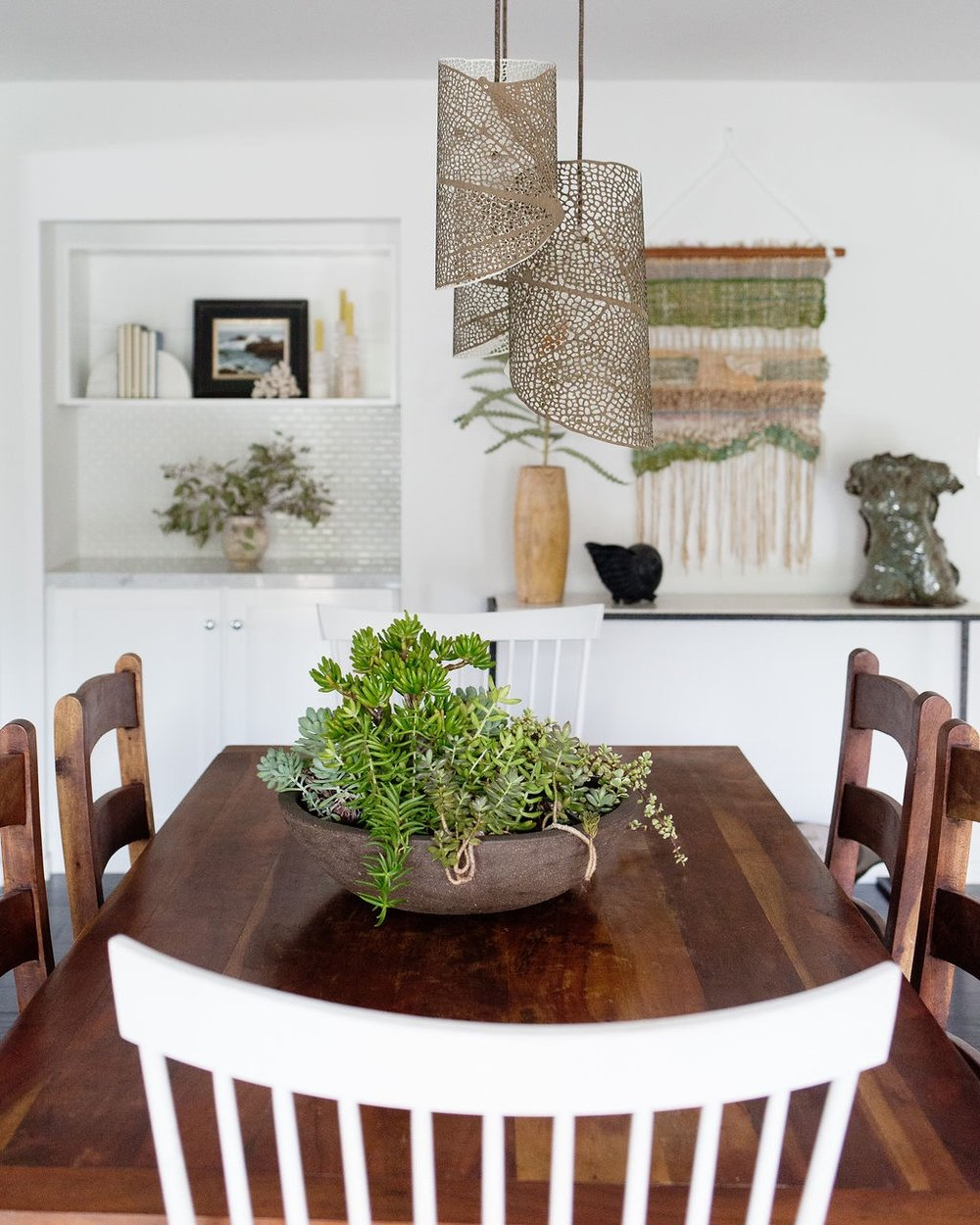 los angeles interior designer casual comfortable succulent dining room