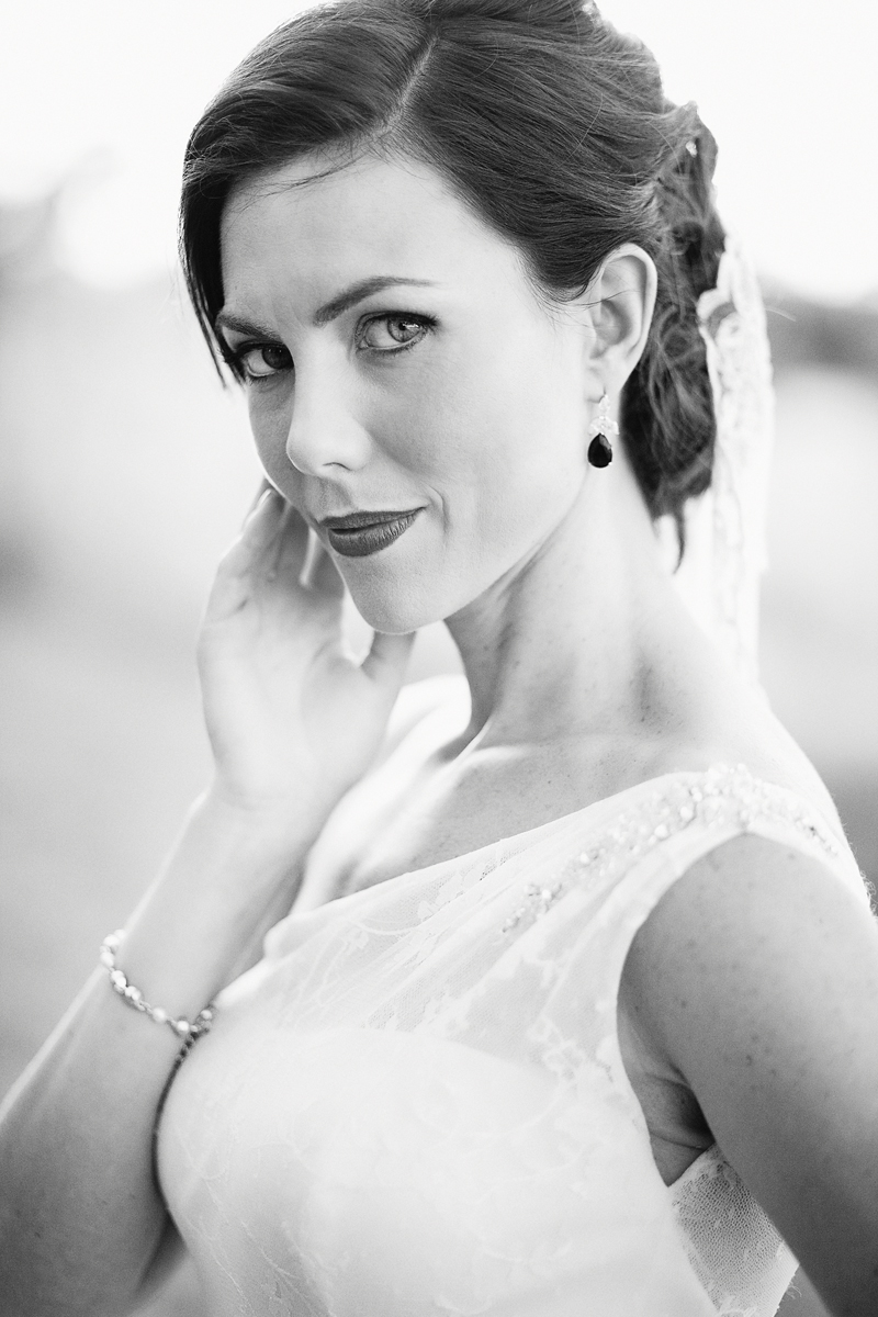 Black and white portrait of a Perth bride at sunset