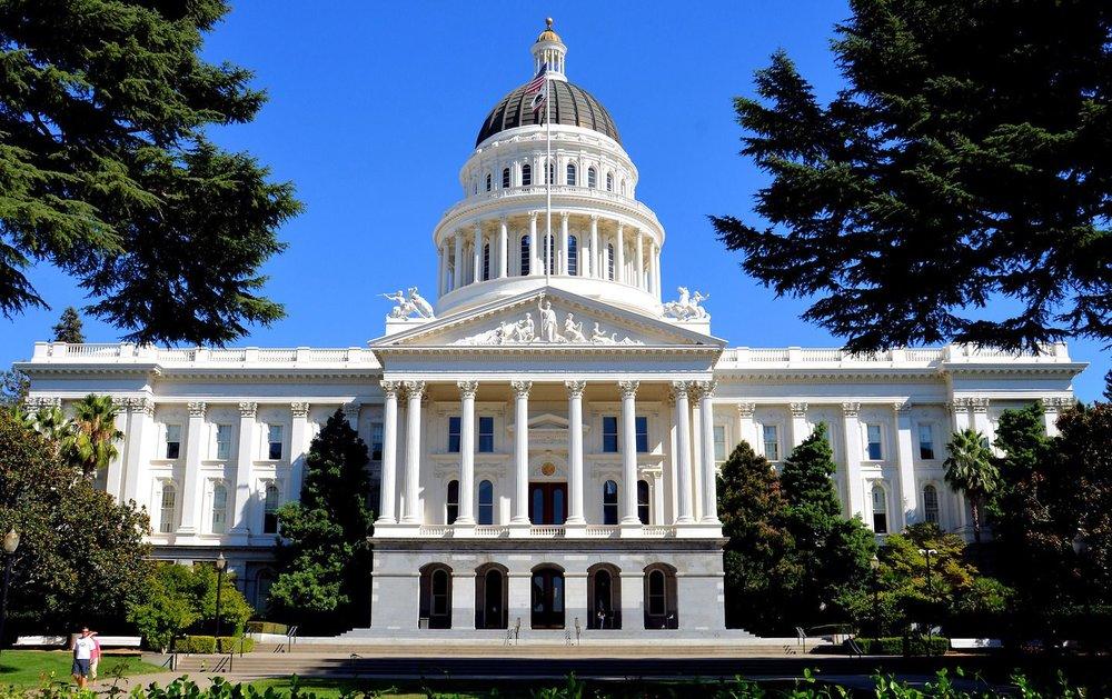 California-Sacramento-California-State-Capitol-Building-1440x906.jpg