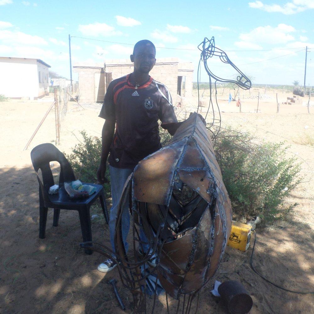 Oabile Tolosi - Service Description∙ Welding SculpturesOpening Hours:-Directions:Mokwele WardContact:📞 (+267) 74 43 35 35✎