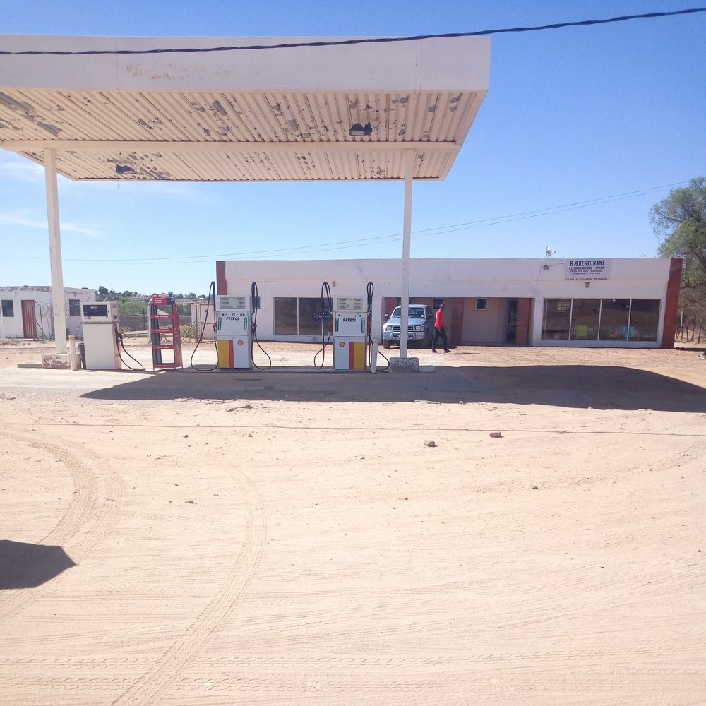 Letlhakeng Filling Station - Service Description∙ Diesel and PetrolOpening Hours:Monday - Friday: 06:00-22:00Saturday: 06:00- 22:00Sunday: 06:00- 22:00Directions:MB ComplexModimo WardContact: Eva Mokgothu📞 (+267) 59 43 003✎ @
