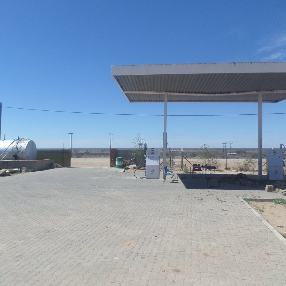 Fuel Point Council - Service Description∙ Fueling council vehiclesOpening Hours:Monday - Friday: 07:30-16:30Saturday: -Sunday: -Directions:Moiphisi WardContact: Letlhakeng Sub District Council📞 (+267) 5943066✎ @