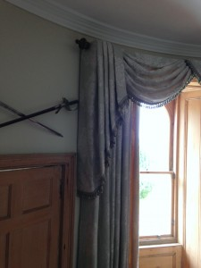 Swags and Tails on Curved Pelmet