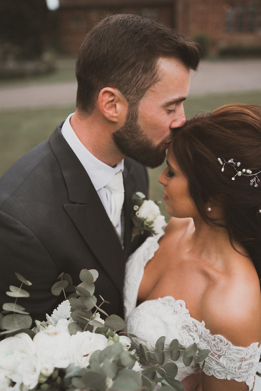Wrenbury hall bride and groom.jpg