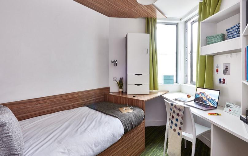 Residences - Price: £265 - £445 per week