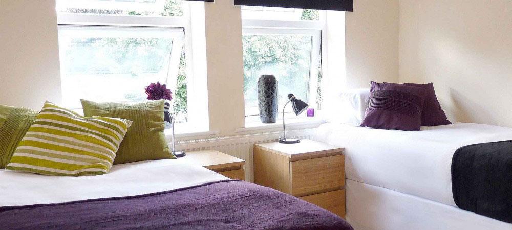 Hosts International Student Houses - £185 to £235 per week