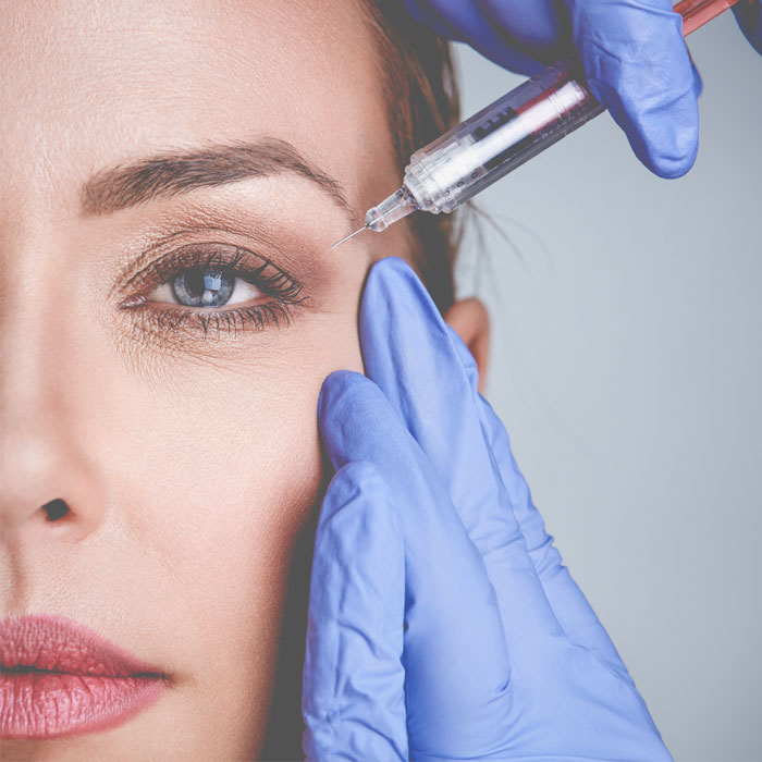 Picture of physician administering Botox Cosmetic.