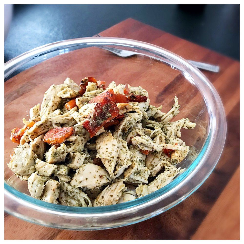 Easy to make & easy to pack, I love this  Red Pepper & Pesto Chicken Salad!