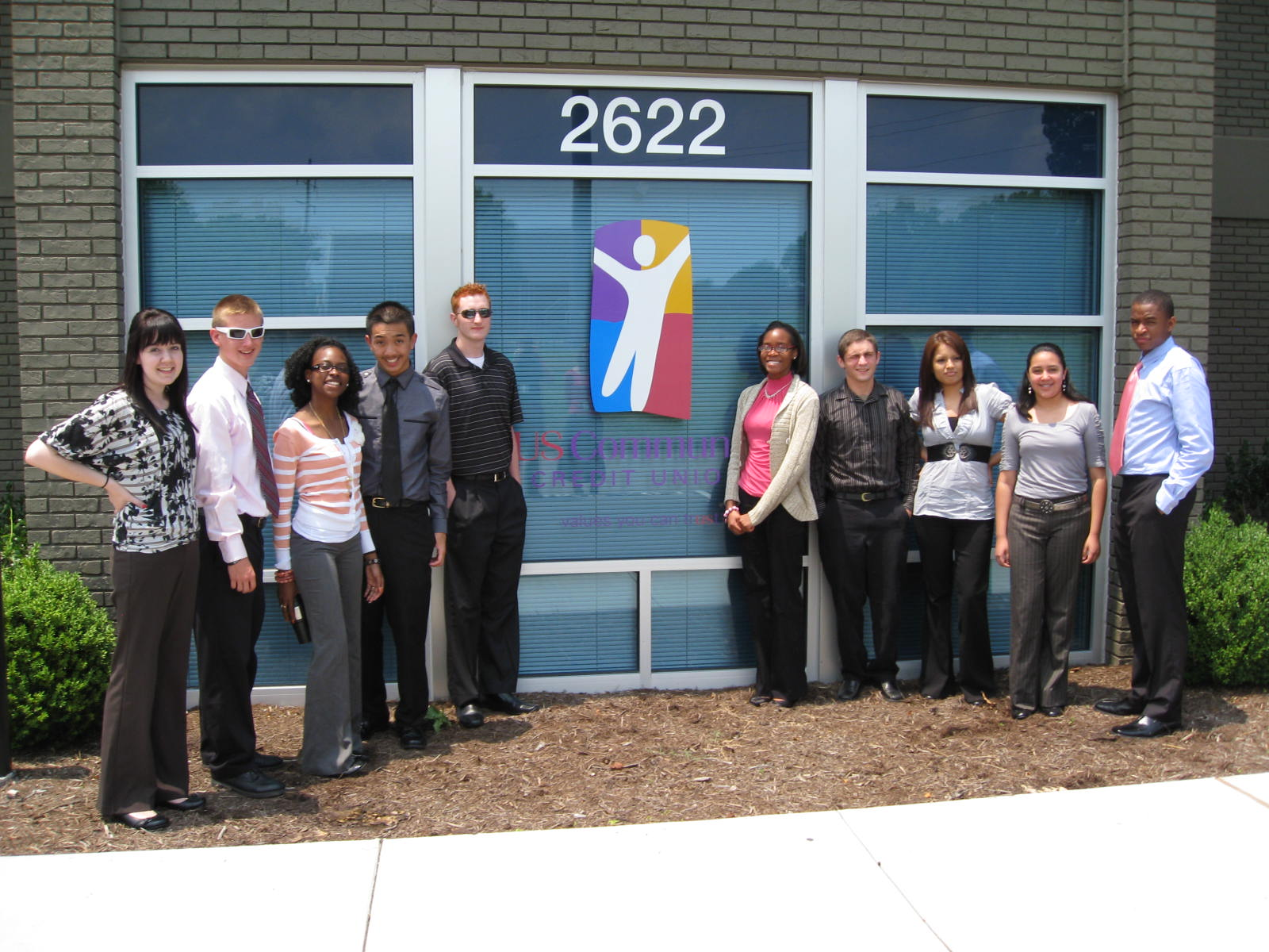 2011 US Community Credit Union summer interns from McGavock High School