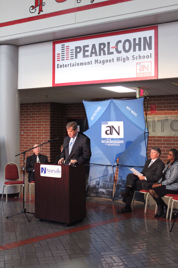 Mayor Karl Dean announced student record label at Pearl-Cohn High School