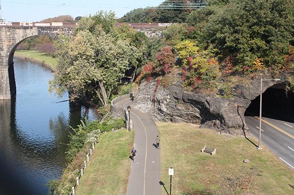 Fairmount Park See Philly Run