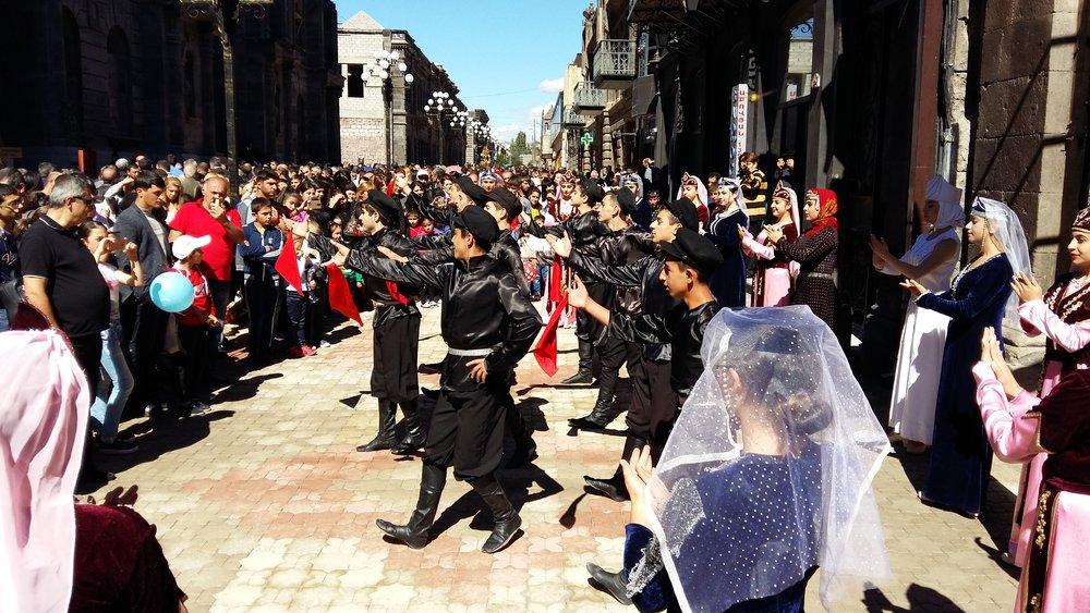 Festival-dance.jpg