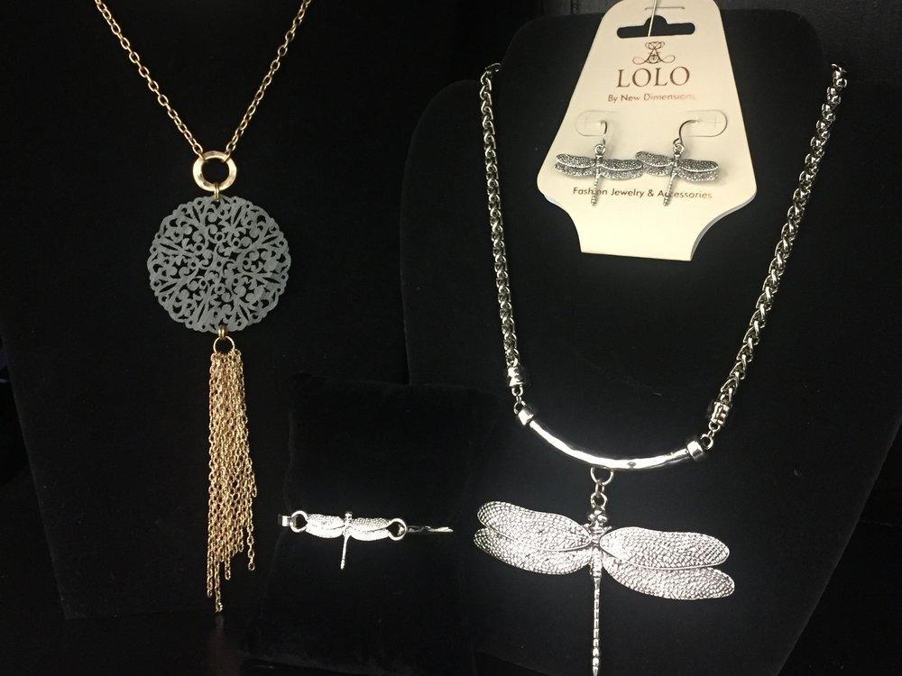 Dragonfly jewelry.JPG