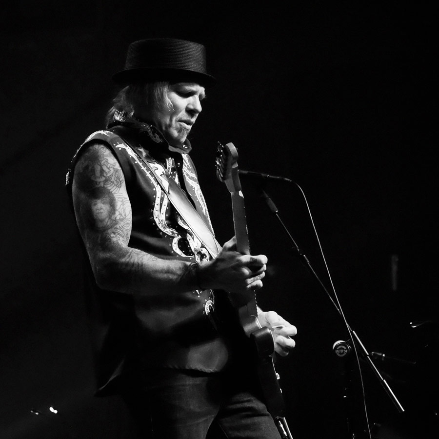 Jeffrey Steele - A five time Grammy Nominee, Jeffrey Steele has been recognized by BMI for over 65 million airplays for hits he penned for a multitude of artists including Keith Urban, Eric Church, Zac Brown Band, Jimmy Buffett, Montgomery Gentry, Lynyrd Skynyrd, Cher, .38 Special, Faith Hill, Tim McGraw, Trace Adkins, LeAnn Rimes, Rascal Flatts and Van Zant, Joe Cocker, Little Feat ft. Bob Seger, Joe Bonamassa, Cascada and more.