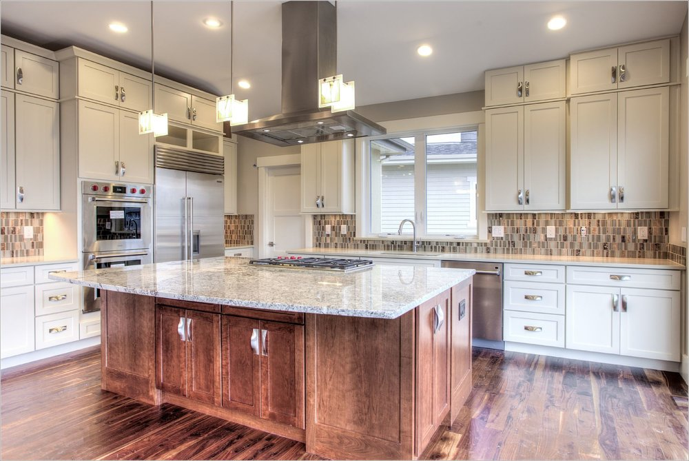 2255 Hillsdale Circle_10_Kitchen01.jpg