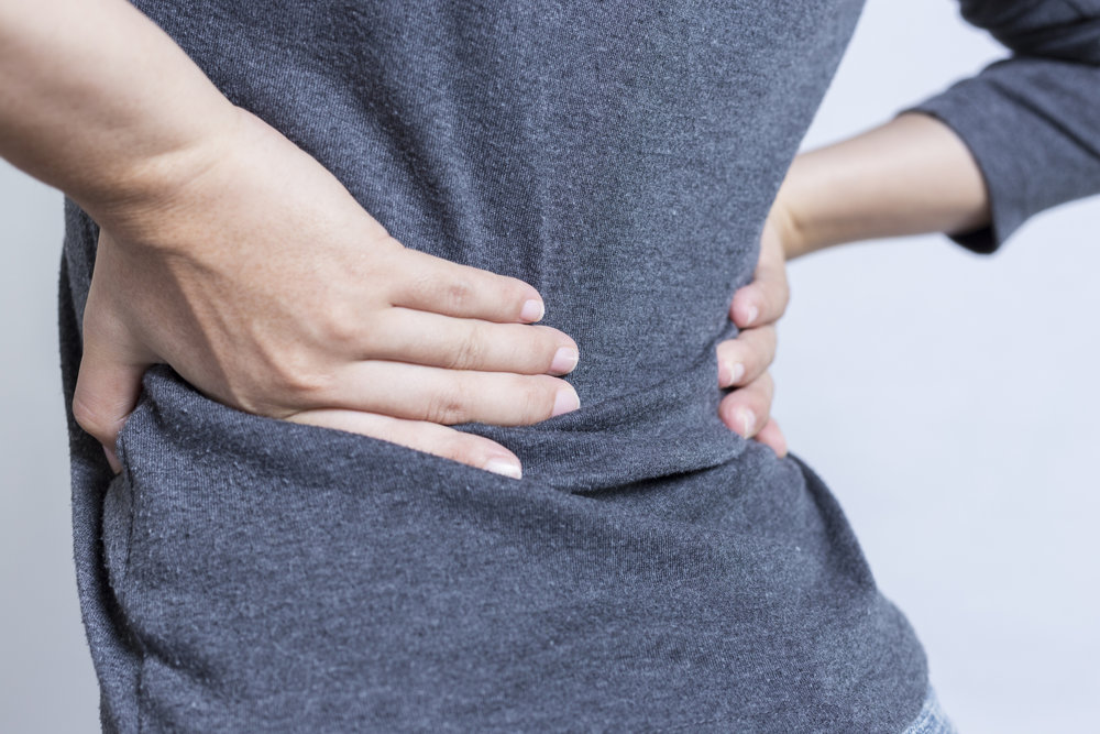Symptoms of an Annular Tear - If you're experiencing pain in the cervical spine or neck or the lumbar spine-- lower part of the spine it can create radiating pain sensations down the neck or down either the arms or both legs including numbness, tingling or weakness. The pain typically gets worse as the day progresses.