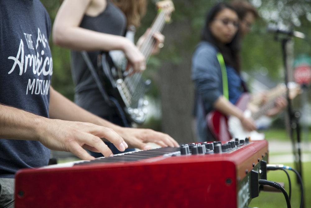 Band-picnic2.jpg