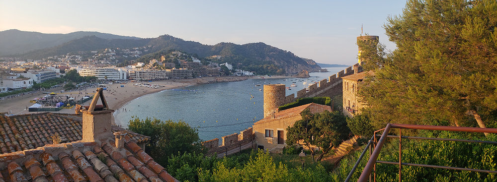 Looking out over the Platja Gran from Cap Tossa.