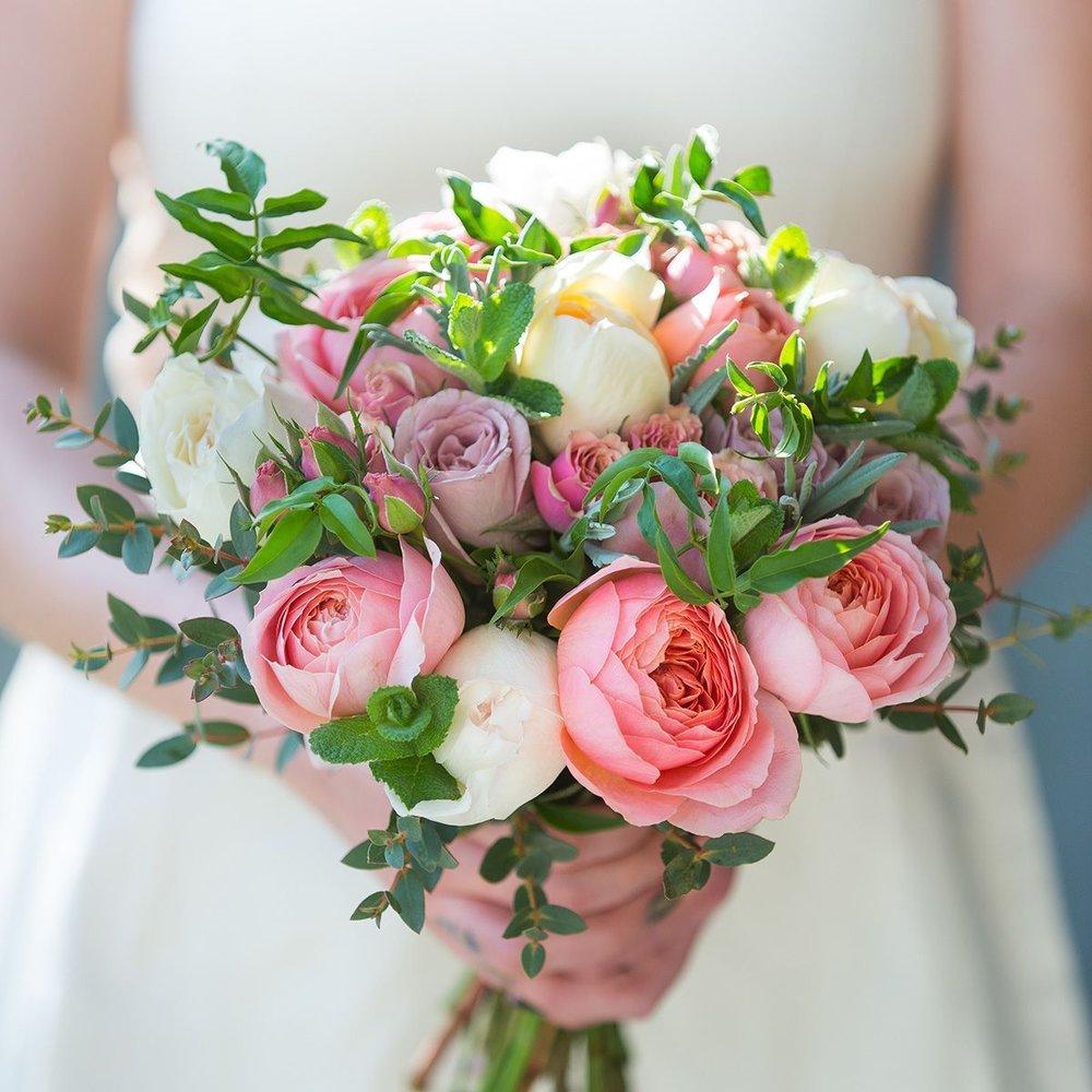 antique-bridal-bouquet-handheld_1.jpg