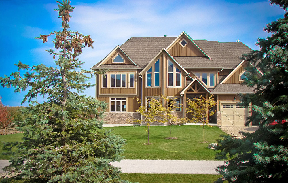 Choose Your Builder - Choose from a variety ofquality custom homes built by someof the area's leading craftsmen.