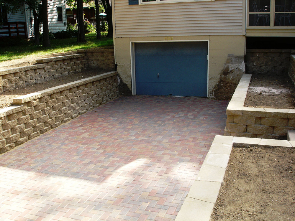 Brick pavers, drvieway and retaining wall in Madison WI