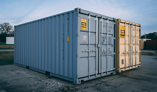 8x20 Container