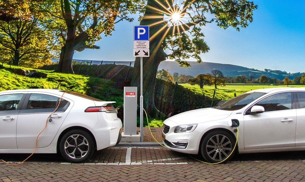 electric-vehicles-cars-charging.jpg