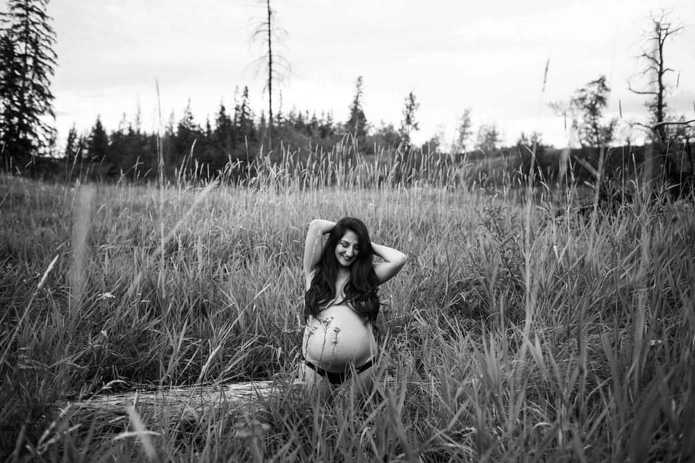 edmonton motherhood photographer-16.jpg