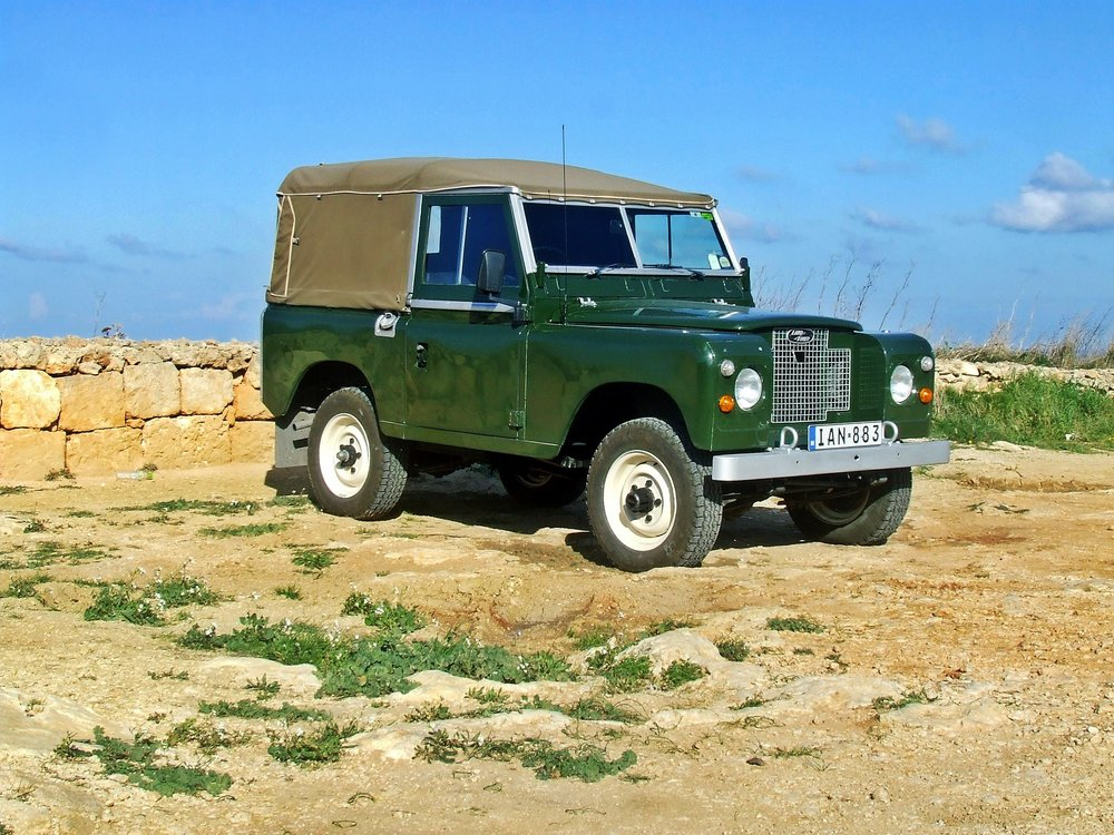 Canvas covers for Land Rovers and Land Cruisers in Malawi