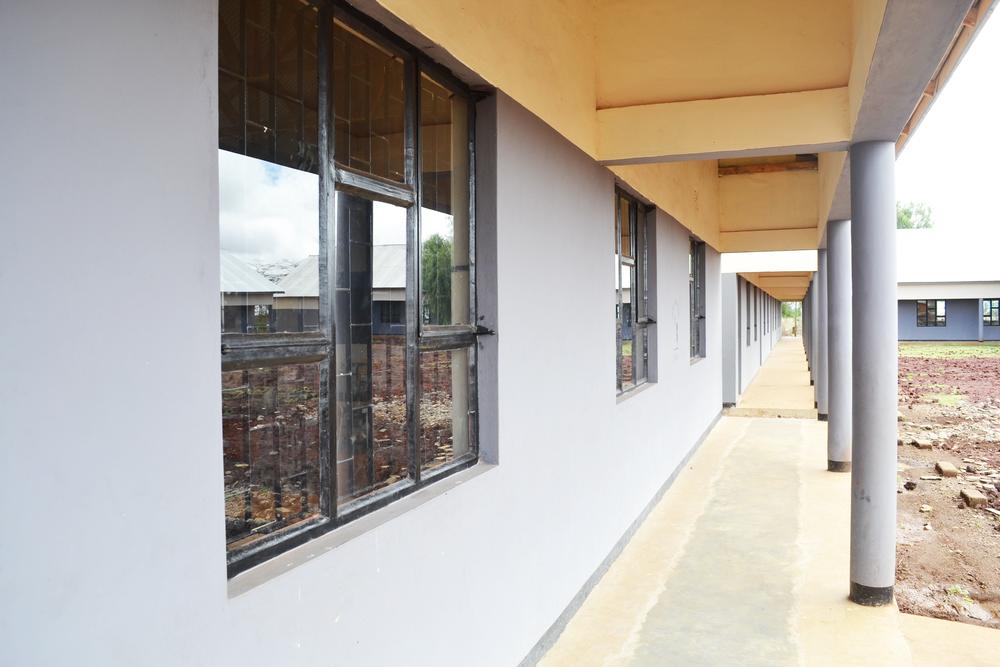 sec school corridor.png