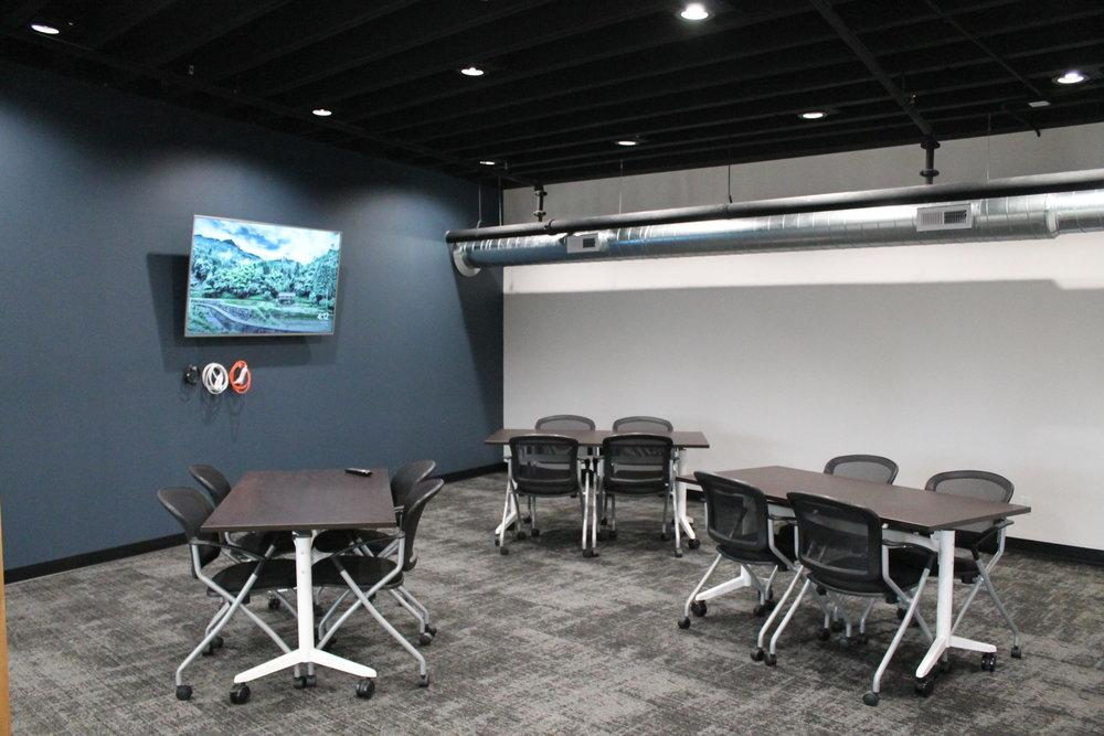 Innovation Lab - Meeting Room.JPG