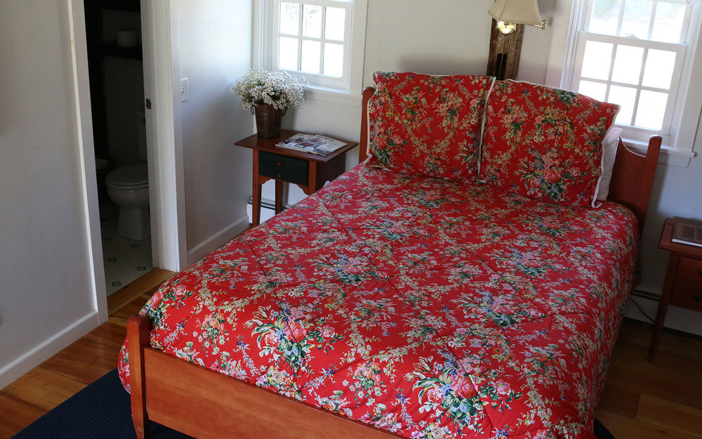 Red-Jacket-Bed_IMG_7394.jpg