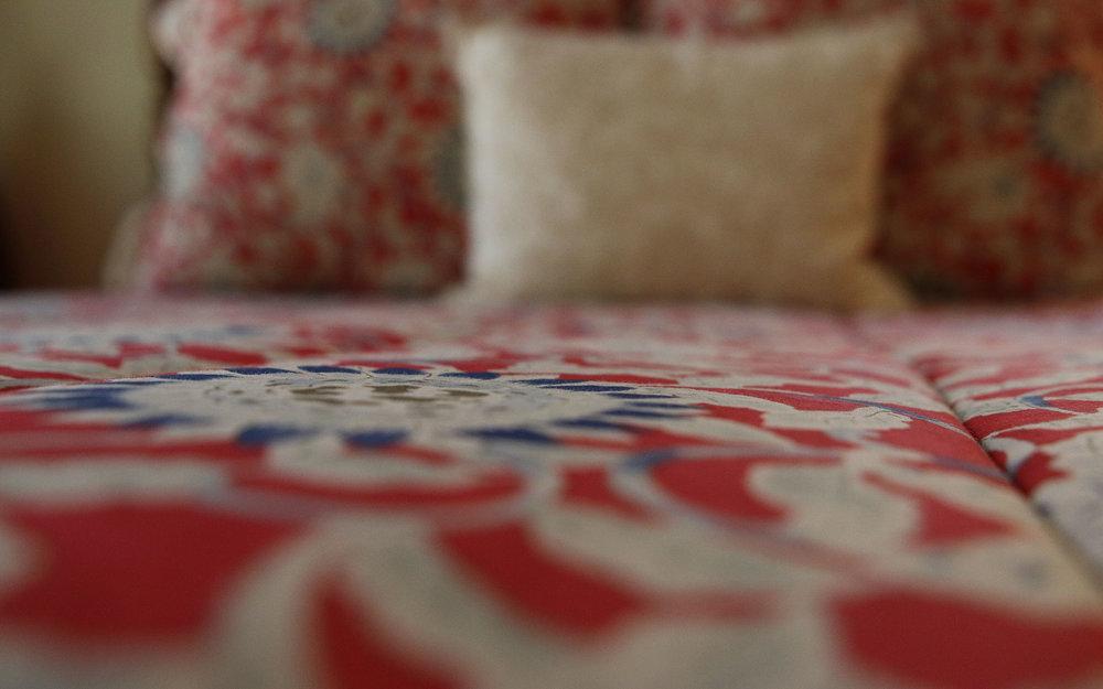 Red-bedspread_IMG_7349.jpg