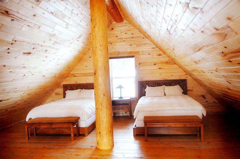 cabin-rentals-loft_0.jpg