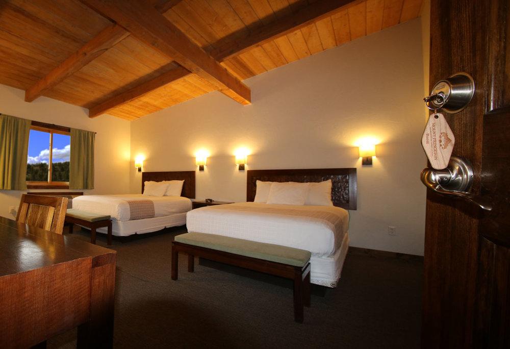 lodge-rooms-web-505A6538.jpg