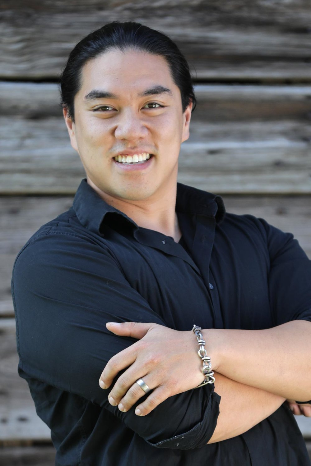 Anthony Tran  Creative Director    Over a decade of professional graphics, visual communication, video/audio production experience from local businesses to corporate work reaching domestic and international markets — specializing in marketing and creative leadership direction. An ambitious passion for the creative and production disciplines. Successfully directed and executed marketing strategies in a diverse set of business sectors including (but not limited to) health and wellness, software and technology, entertainment, industrial and manufacturing, food service, hospitality, and sales.