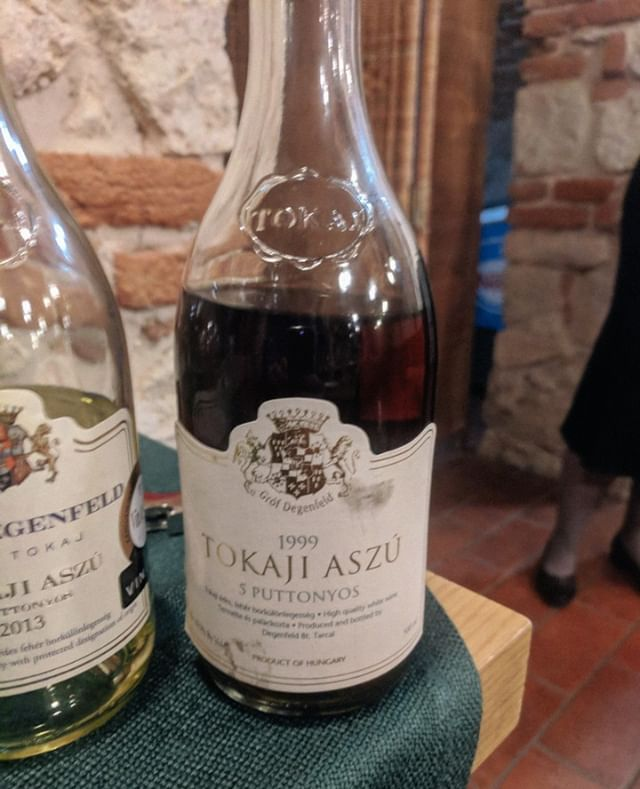 Last but not least at the Castle Hotel Grof Degenfeld tasting, was this 1999 Tokaji Aszu.  It was the oldest Tokaji I've tasted, though from what I've learnt it probably could have another century or two and carry on evolving.  Dried apricots and figs turned to prunces, the honey was still there, along with sticky toffee pudding being conjured from the bottle. Still some smokiness and gunpowder minerality even after all these years.  #tokaj #tokaji #hungarianwines  #winewednesday #vineyards #vineyardvines #winepairing #wineoftheday #wineshop #organicwine #winefestival #winelovers🍷 #wineme #winetravel #winefest #wineislife #vino🍷 #timeforwine #winepics #winelifestyle #wineregion #winemakers #wineeveryday #wineyards #winereview #wineguidelife #wineofinstagram #wineallthetime #winetimes #winegeeks  https://ift.tt/2PkjHEB  I've got a weekly email @  https://ift.tt/2pLAT7h  - let me know what you think