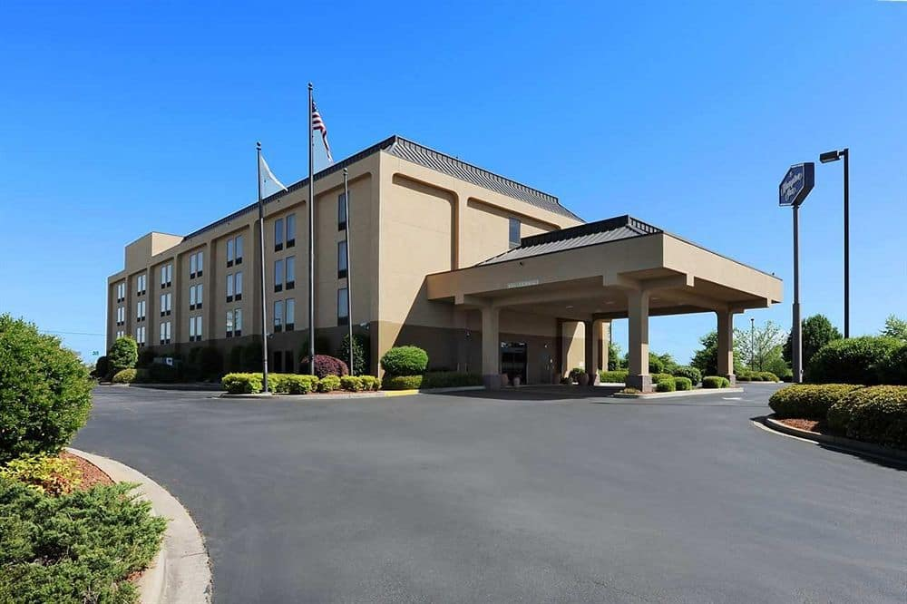 hampton inn gaffney.jpg