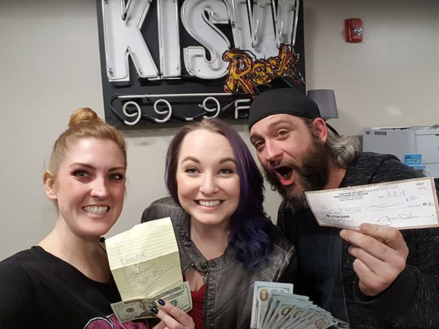Carl and Sara dropped off more than $1,200 for #FMS, a super awesome first-time #Seattle benefit concert supporting the @mssociety on 3/21! We are BEAMING! #MultipleSclerosis #strongertogether #MS #whyifight
