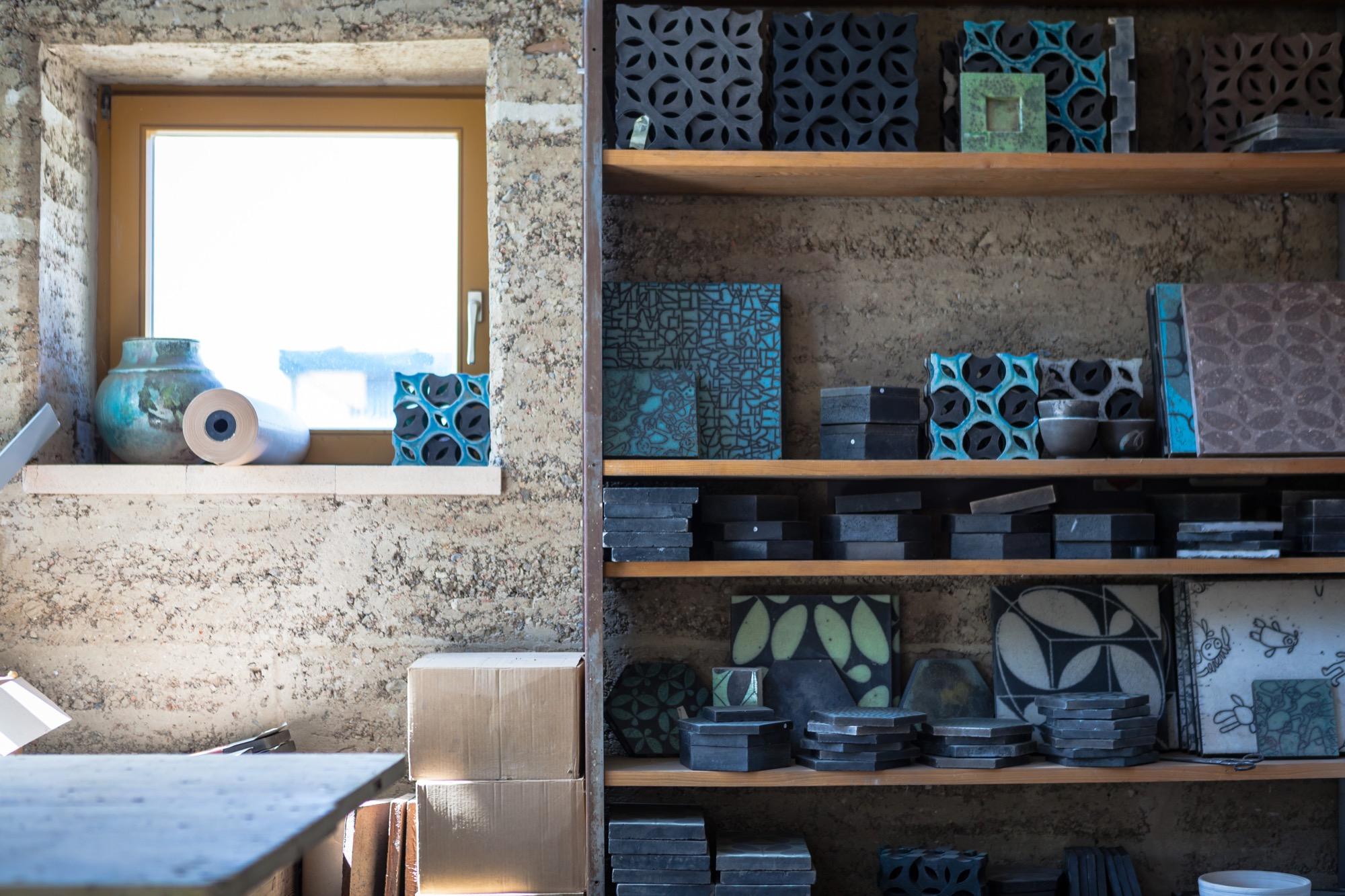 Karak tiles at the Rauch studio
