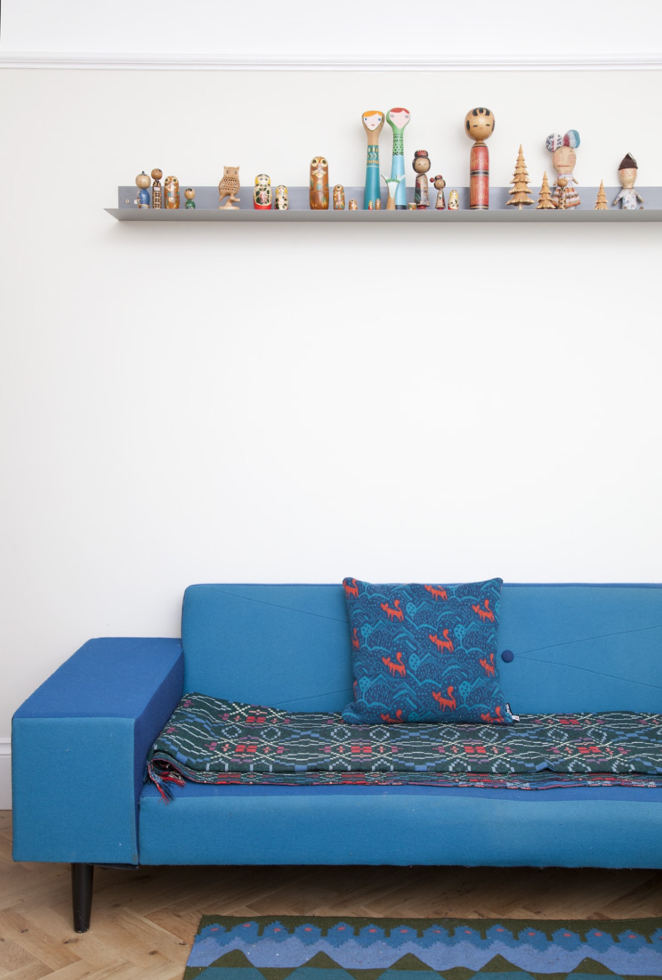 Hue sofa by Donna Wilson, produced by SCP
