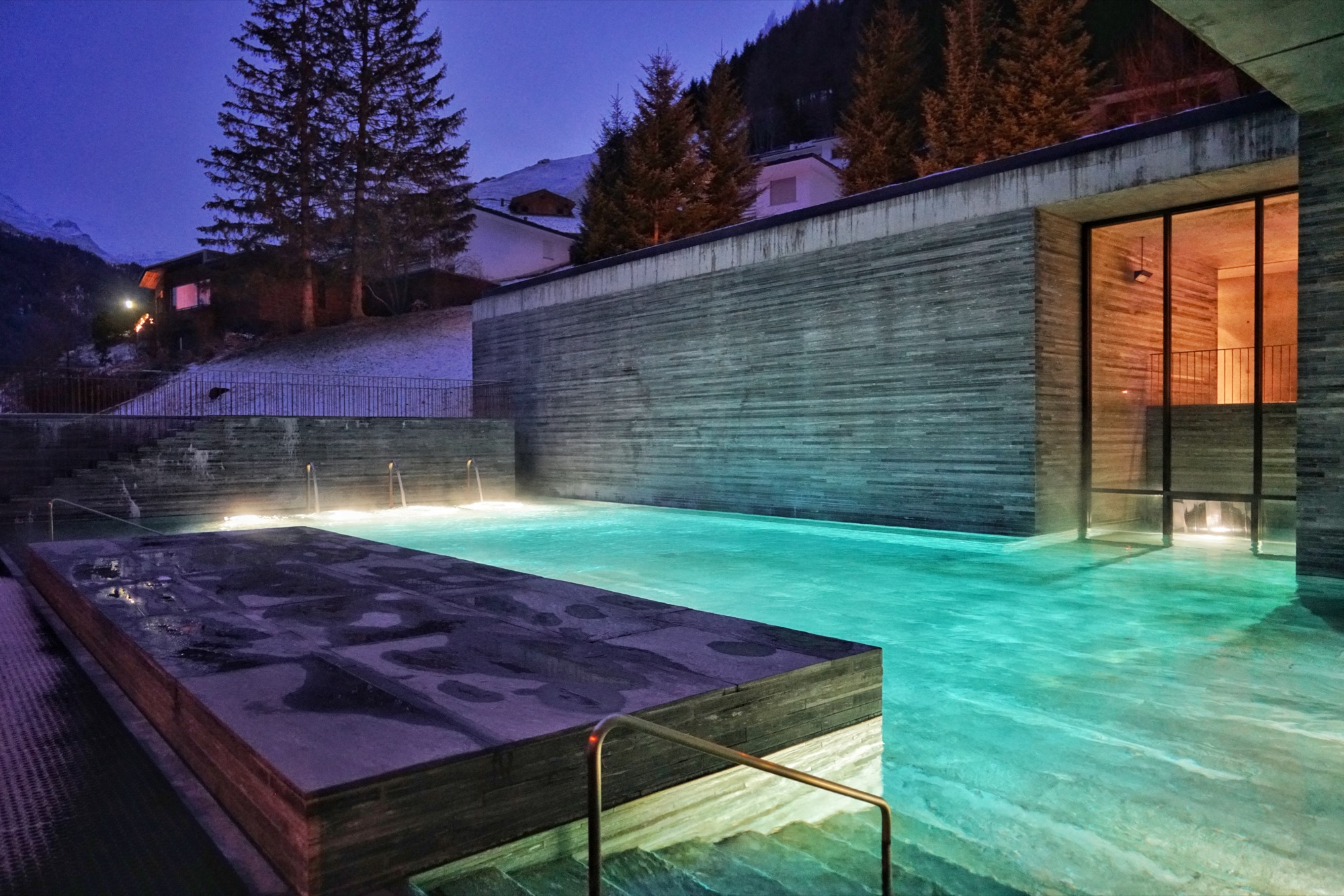 Outdoor pool at Vals thermal baths /Photo by Jonathan Ducrest